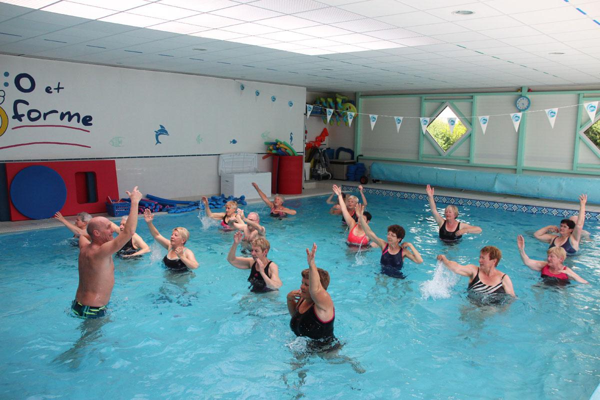 Aquagym classique piscine o et forme quimperl for Piscine blomet aquagym
